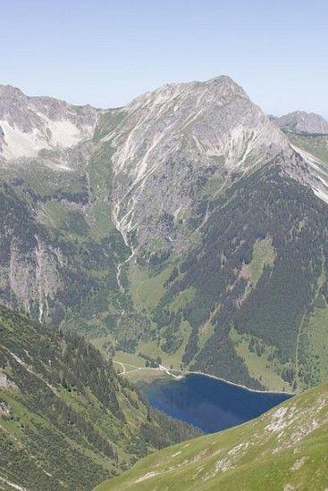 Gipfel mit Holy Trail zum See