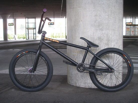 SE*, BMX and ROCK'N'ROLL