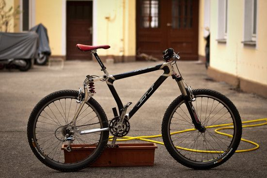RETRO 1998 GT STS DH