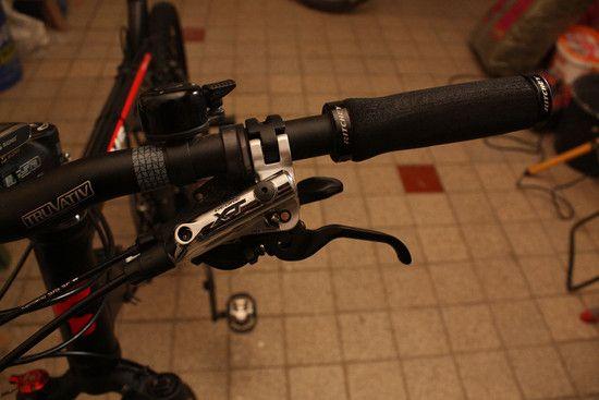 ShimanoXTScheibenbremse2012 Bremshebel 1-Kopie