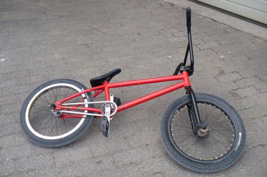 BMX001