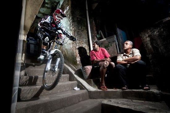 Dan Atherton beim Red Bull Desafio no Morro in Rio