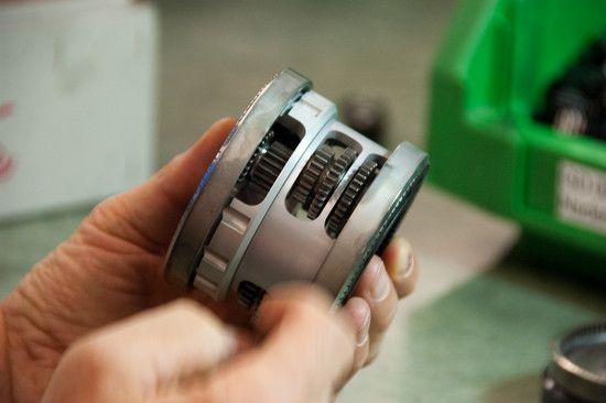 Planetengetriebe und Nadellager - daraus bestehen die einzelnen Getriebestufen