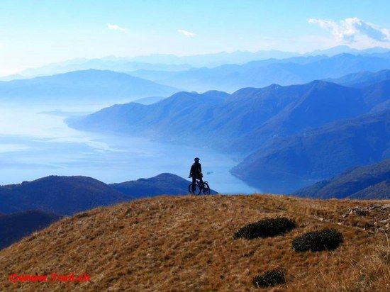 Gipfelgrat Traverse: Monte Tamaro - Monte Gradiccioli - Monte Lema by www.Trail.ch