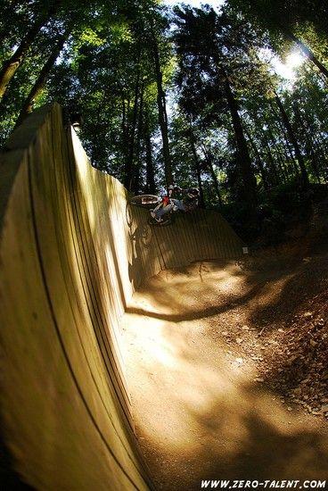 Curved Wallride
