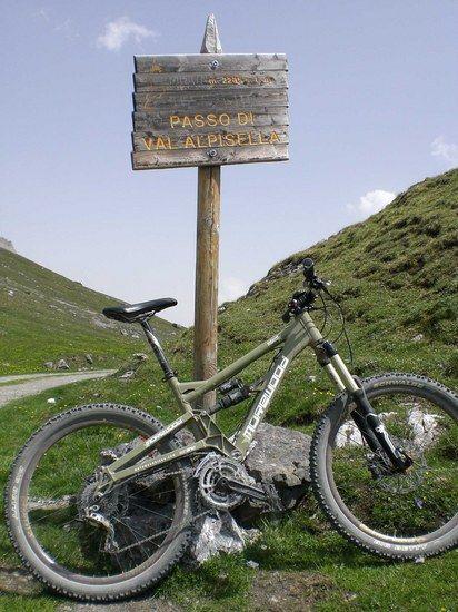 Passo Di Valle Alpisella