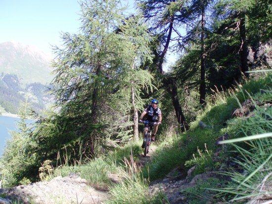 Trail bei Bivio