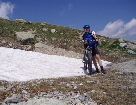 Schneereste am Bernina