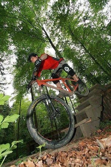 mountainbike treppe runterfahren