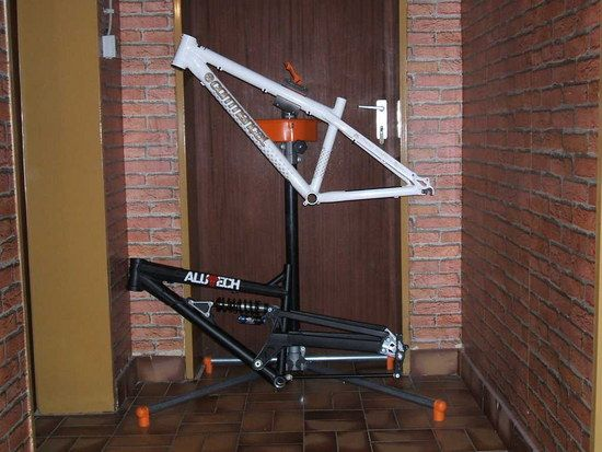 Pudel DH + Commencal 4X