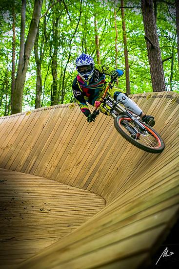 Bikepark Osternohe Wallride