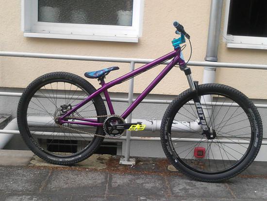 Blk Mrkt malice 2012 purple