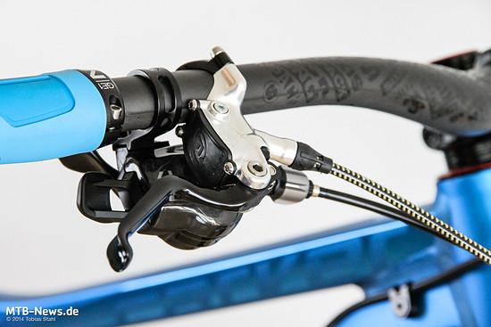 Die Ergonomie der Hebel überzeugt. So ist die Bremse auch auf langen Abfahrten angenehm zu bedienen.