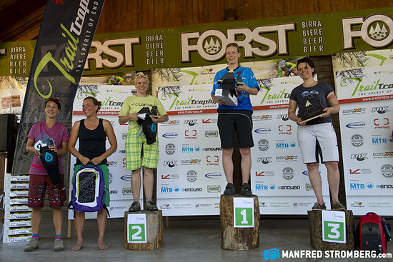 trailtrophy manfred stromberg7078b Podium Rider Class Women