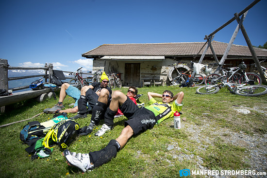 trailtrophy manfred stromberg5428b Mittagsjause vor Endurosession