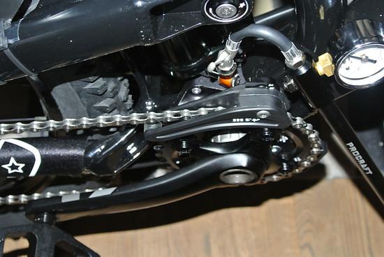 Monarch Plus RC3 mit Reset Racing Winkeladapter und Dämpferpumpe