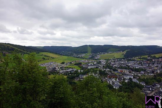 Transfer zu Stage 4 Ausblick auf Willingen und Festival vom Orenberg