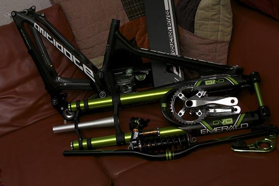 Carbon, Alu, schwarz, grün