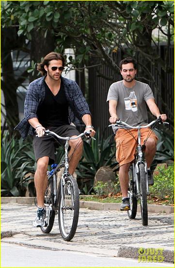 jared-pedalecki-biking-brazil-11
