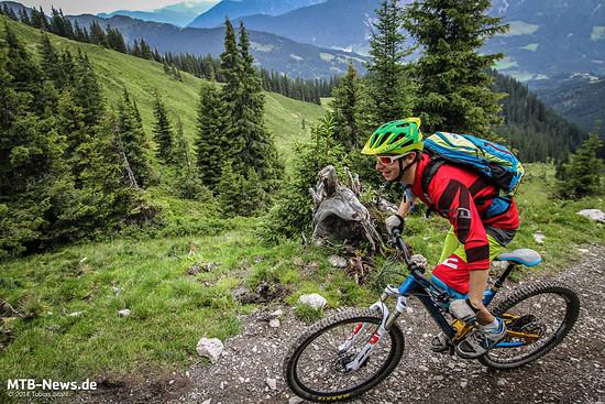 Bergauf kann die Belüftung trotz engem Sitz gute Arbeit leisten.