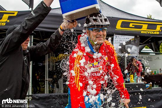 Ice Bucket Challenge für Hans Rey