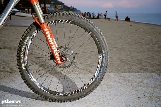 Sun Charger Pro SL Laufradsatz