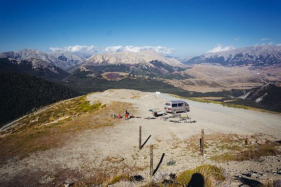 ... wo sich grandioses Bergpanorama und noch mehr geniale Trails finden