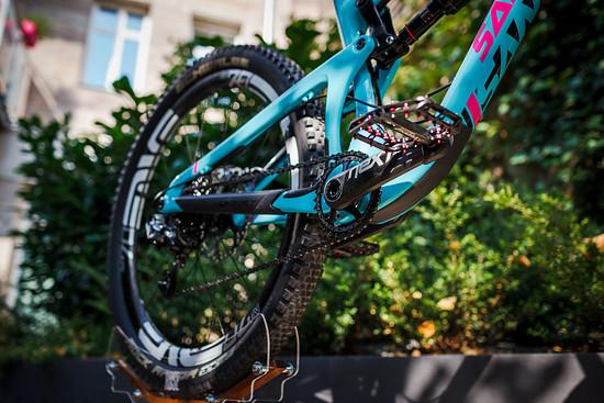 """Der VPP-Hinterbau des Nomad Carbon hat sich bewährt. Neu wird er hier mit 27,5"""" großen Laufrädern kombiniert."""