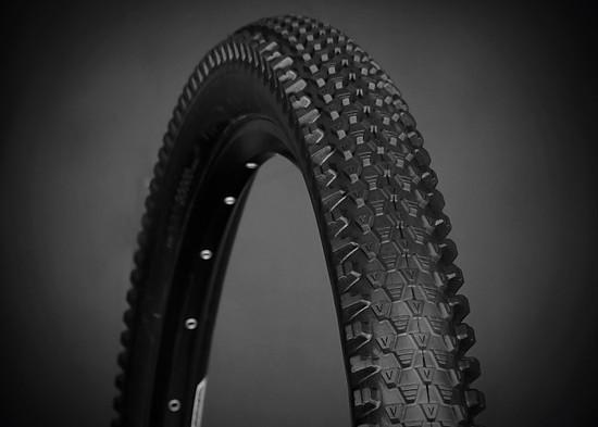 Vee Tire Crown R