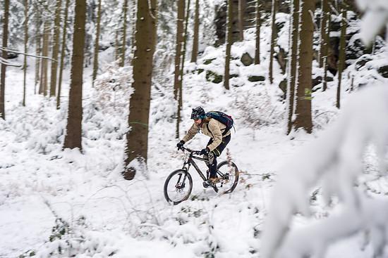 20141227-14L Schneesuche