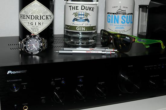 Pioneer A-30 / Gin / Rotring 600 / Seiko / Superdry