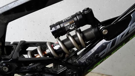 FOX DHX RC4 Blackout