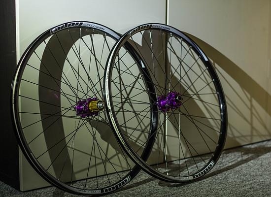 Hope Enduro Tech Laufräder
