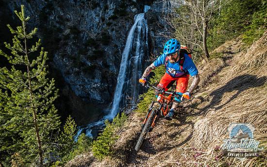 Staubtrockene Süd Trails zum Opening