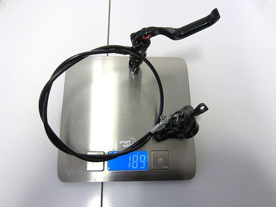formula-r1-388-gramm-schwarz-rot-01