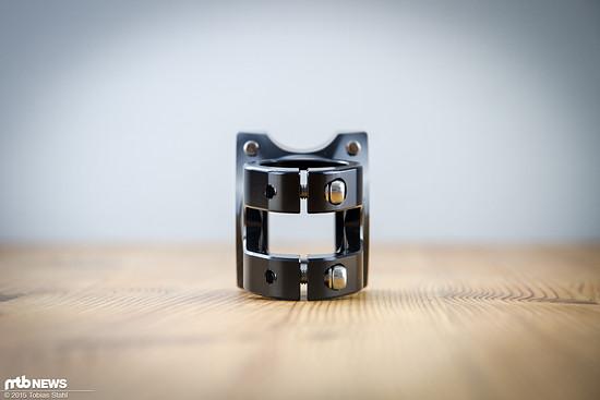 Kniefreundlich: die Stahlschrauben des Vorbaus sind tief eingelassen und die Rückseite verrundet