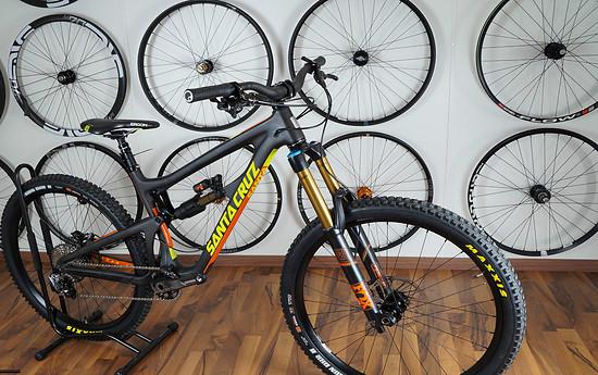 SC Nomad CC, Matte Carbon & Yellow, Gr. M