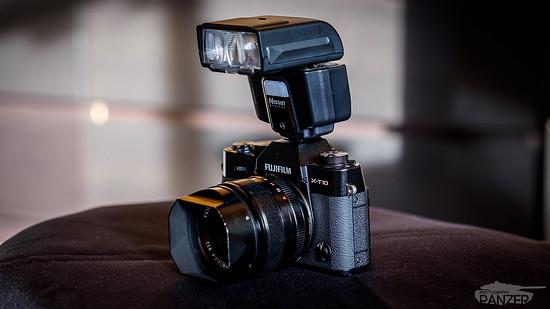 Fujifilm X-T10 + Nissin i40