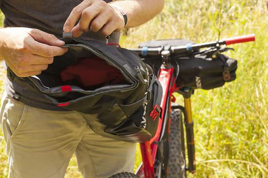 Satteltasche mit herausnehmbarem Trockensack