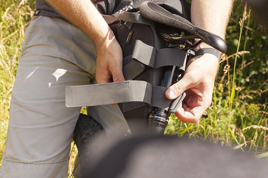 Gummiprotektoren unter den Klettverschlüssen zum Schutz der Sattelstütze