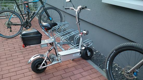 Heute Morgen in der Firma am Fahrradständer