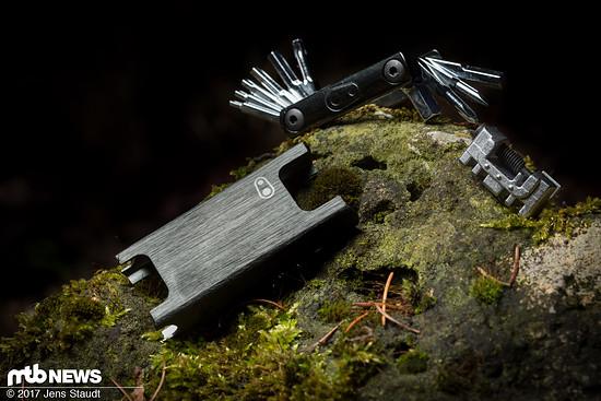 Das Crankbrothers f15 deckt mit 15 Funktionen die grundlegenden Bedürfnisse auf dem Trail ab