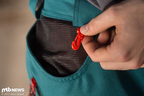 Die Hose bietet sinnvolle Features wie eine Halterung für Schlüssel.