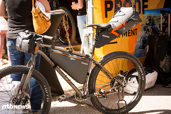 Bikepacking-Taschen von Ortlieb.