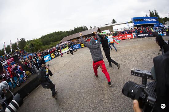 Der siebte Sieg für Greg Minnaar in Fort William und der erste 29er Sieg im Downhill-Worldcup!