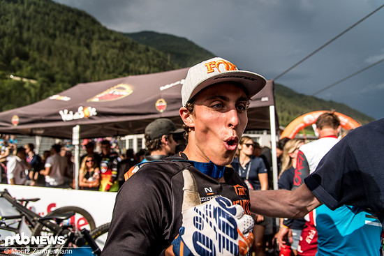 Oh la la! Trés bien! Amaury Pierron beendet das Rennen sensationell auf Platz 2
