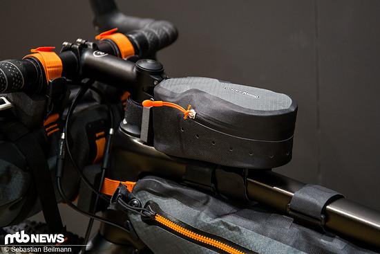 Die Ortlieb Cockpit Pack bietet ein Volumen von 0,8 l bei einem leichten Gewicht von 82 g | 49,99 €