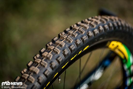 Es wirkt so, als ob Greg in Cairns nicht auf seinen Signature-Reifen, sondern den bewährten Maxxis Minion DHR II setzen wird.