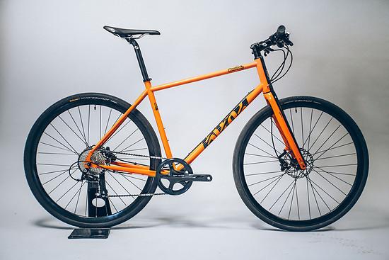 Neues Cotic Roadrat in Orange