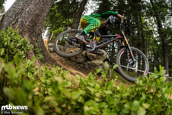 Für Bikepark Schrubben reicht die GX DH völlig aus